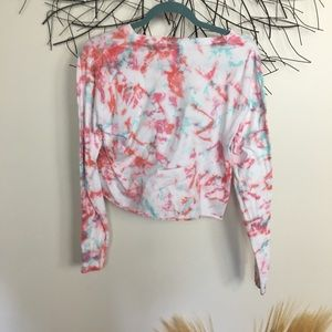 PINK Victoria's Secret Tops - VICTORIAS SECRET cropped tie dye PINK long sleeve